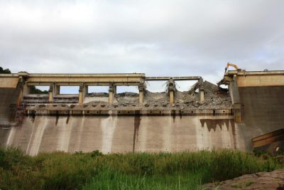 demolition-dam-walls